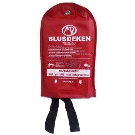 Blusdeken softbag 120 x 180 cm in nylon wandhouder
